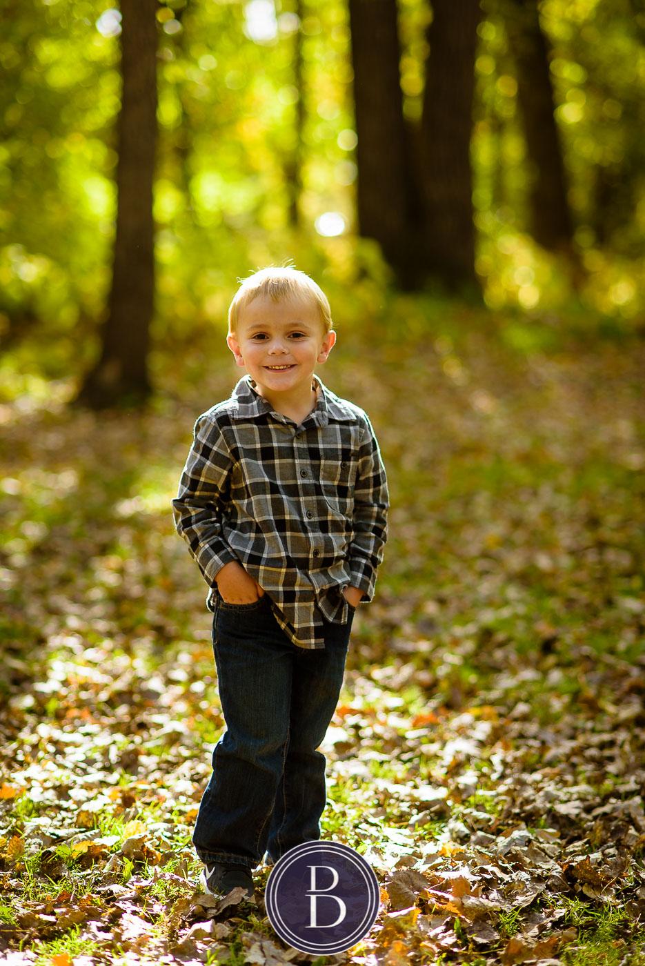 family fall photo portrait boy