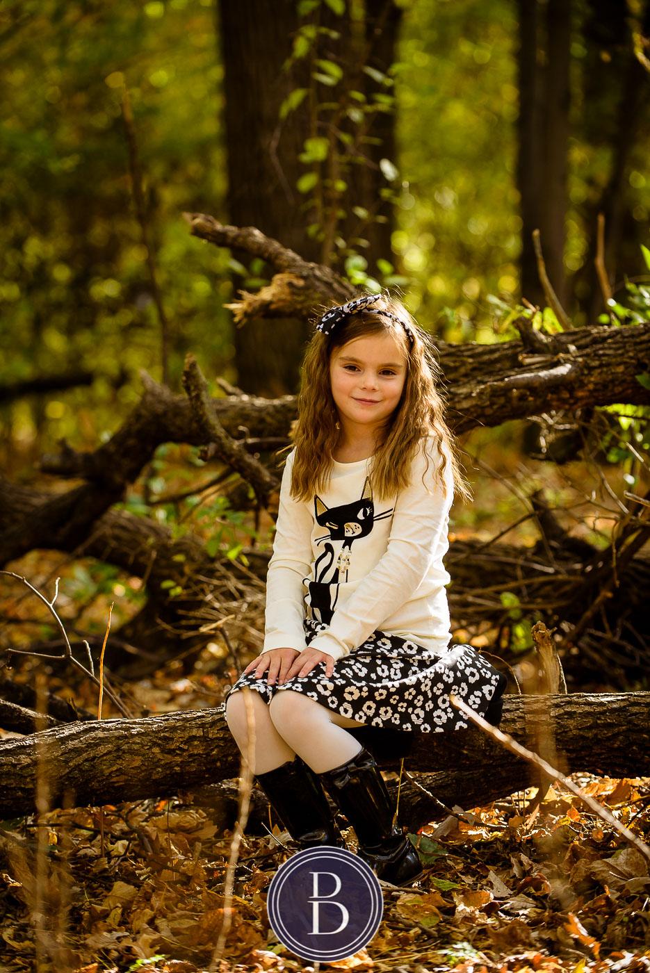 fall portrait of girl at kildonan park