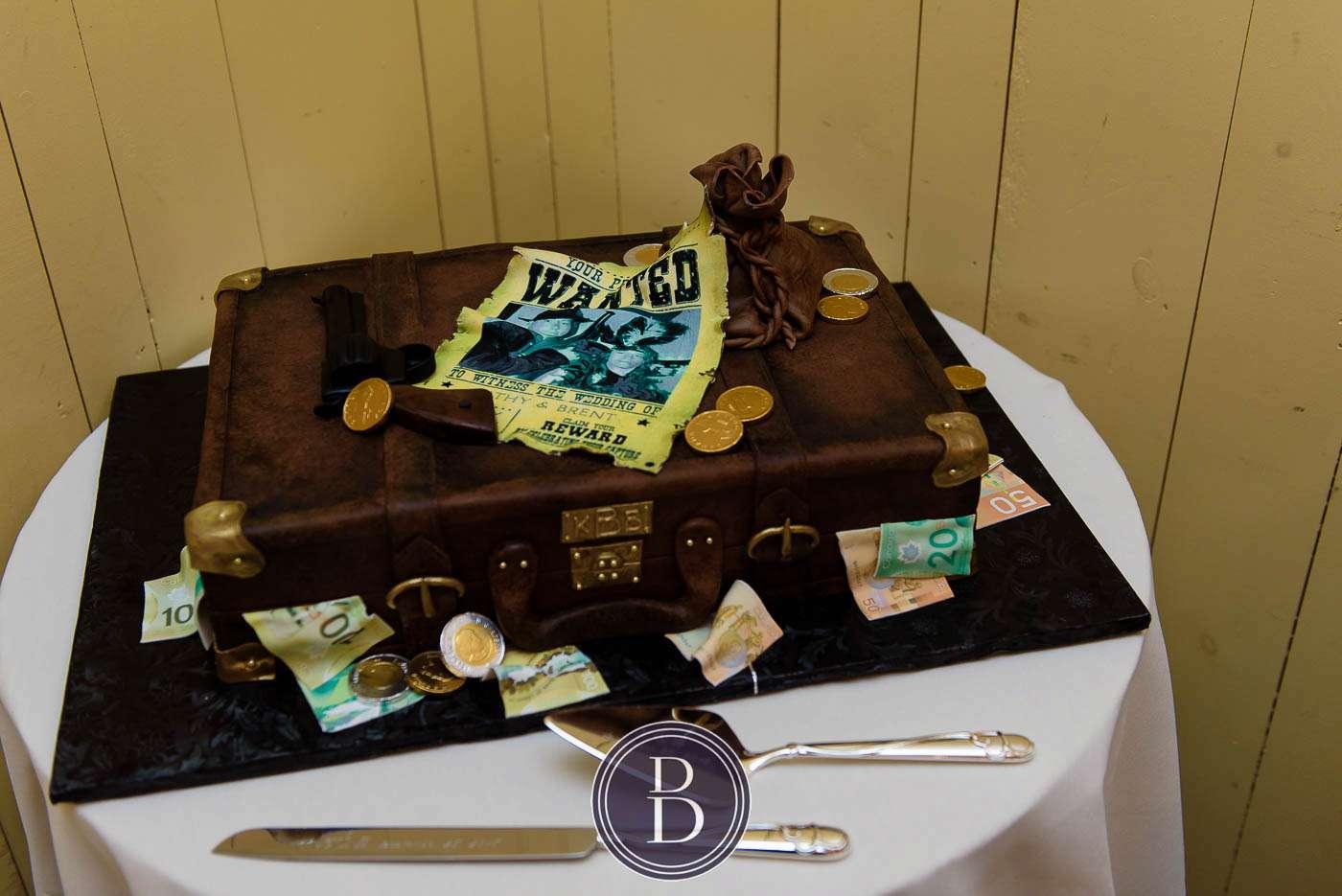 Fort Gibraltar wedding reception cake