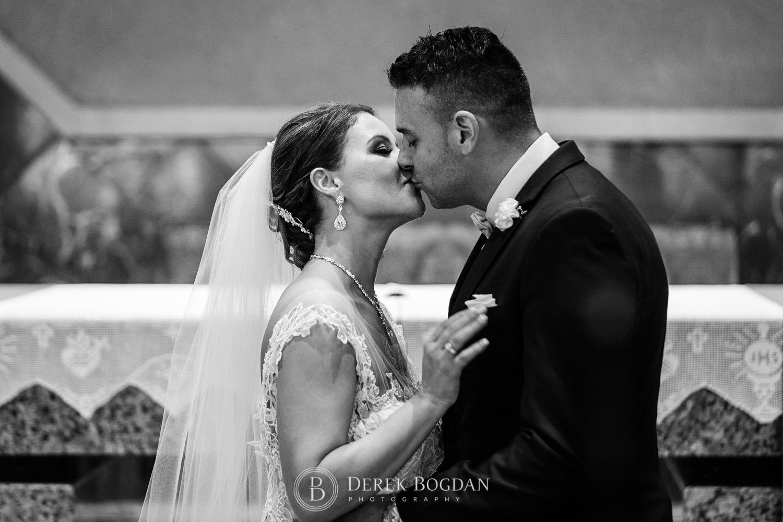 first kiss catholic ceremony Winnipeg