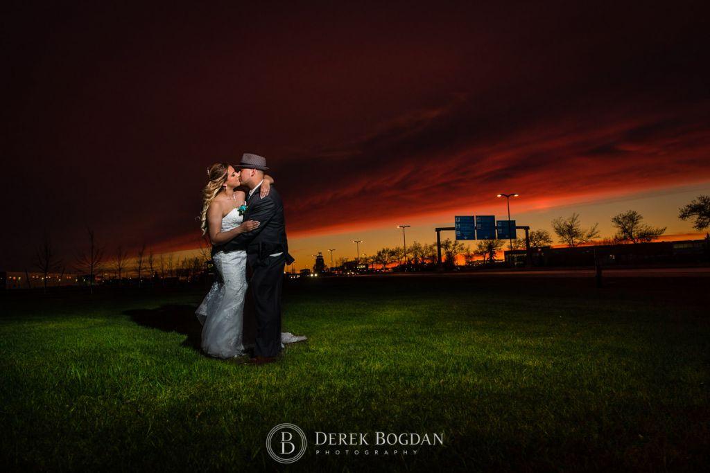 Victoria inn Winnipeg wedding evening kiss