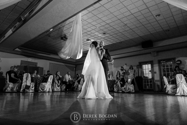 Bel Acres Golf Wedding bride and groom reception first dance