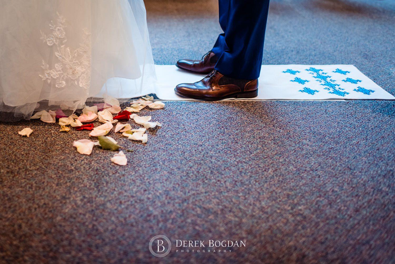 Ukrainian church wedding ceremony details